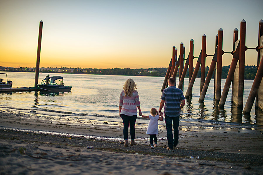 Sunset Family Photography Deyla Huss Portland