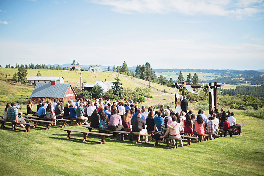 Spokane Wedding Photographer Deyla Huss Photography