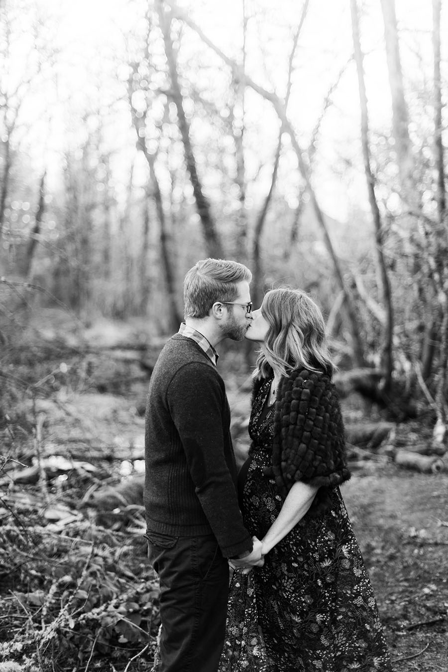Lake Oswego Maternity and family photographer Deyla Huss Photography