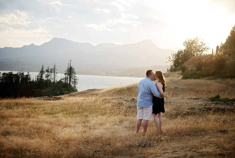 Oregon Engagement Photography